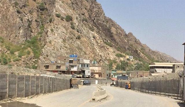 Afganistan - Pakistan sınır için kapıştı: İki ölü