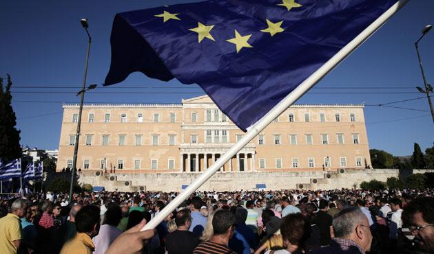 Yunanistan'da işsizlikte büyük düşüş