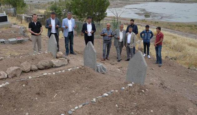 CHP heyeti Tanışıklı köyünde