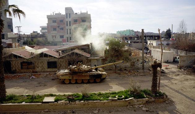 Muhalifler Deraya'daki kuşatmayı kırdı