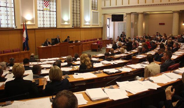 Hırvatistan'da meclis feshedildi