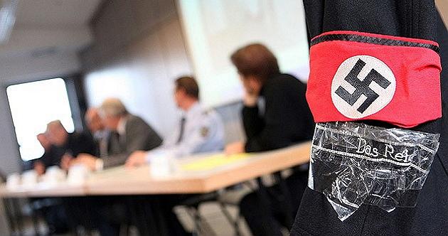 Almanya'daki NSU davasında istifa talebi