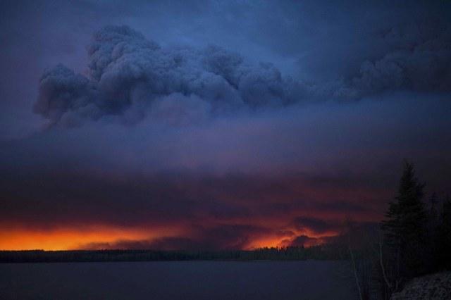 Kanada'da iki aydır süren yangın kontrol altında | FOTO