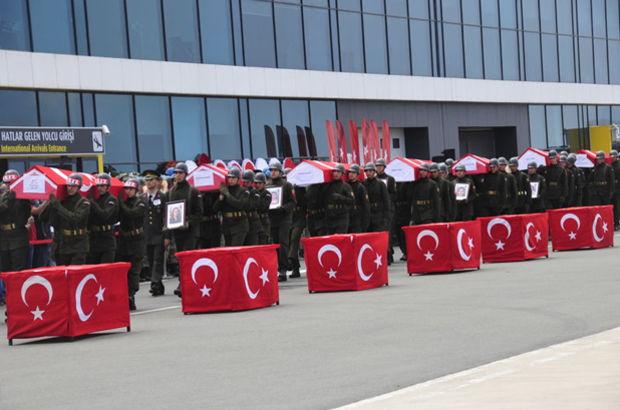 Giresun'da kaza kurbanlarına havalimanında tören