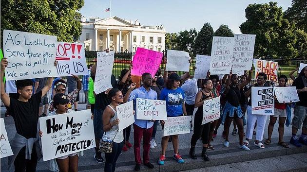 ABD'de siyahilerin öldürülmesine protesto