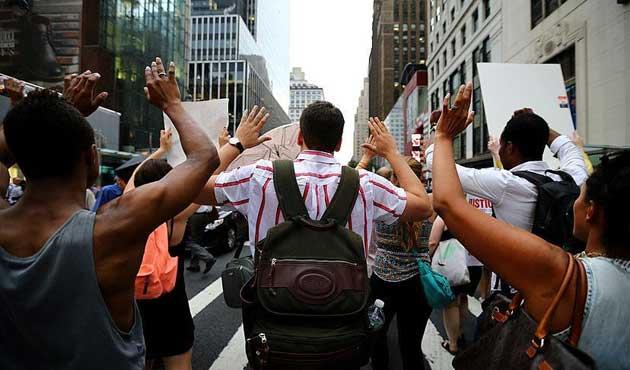 New York'taki protestolarda 80 gözaltı