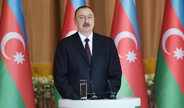 Aliyev: Ermenistan Karabağ için umutlanmasın