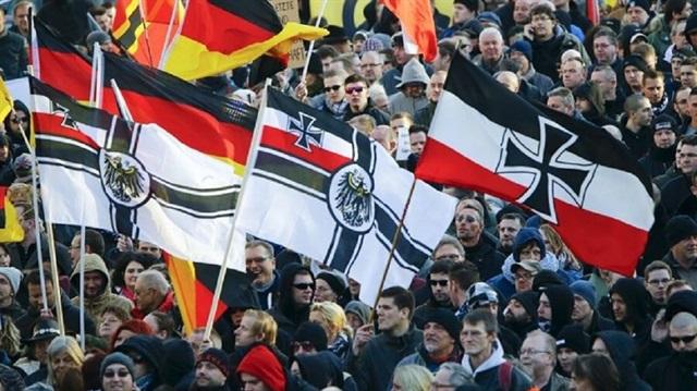 Almanya'dan Nazilere maaş