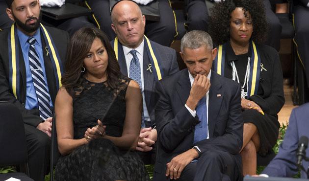 Obama polis cenazesinde ağladı