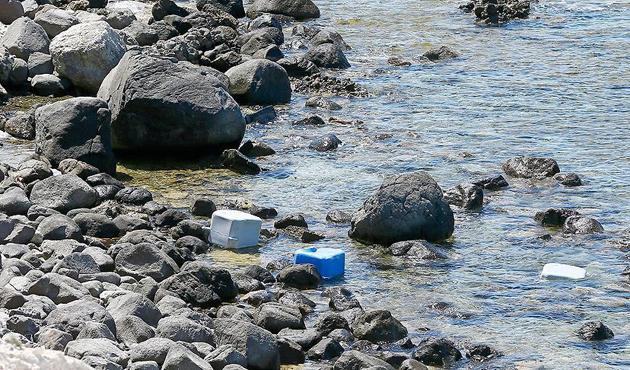Dubada uyuyan garsonlar Yunan adalarında aranıyor