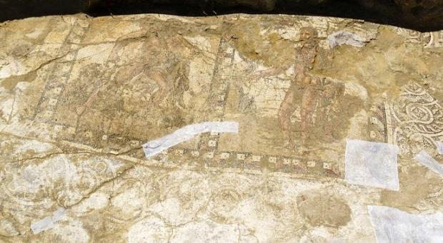 Kıbrıs'ta Roma dönemine ait mozaik bulundu
