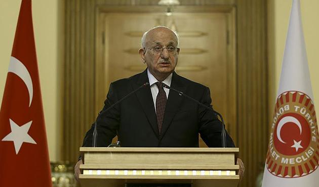 Kahraman: Mevcut anayasa Türkiye'yi taşıyamıyor