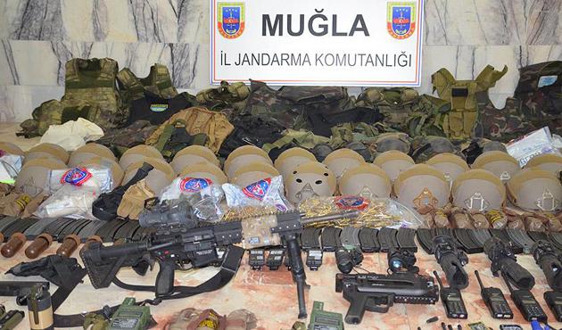 Erdoğan'ın kaldığı otele saldıran askerlerden 10'u yakalandı