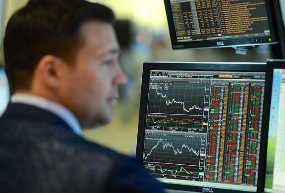 Piyasalar da darbeyi püskürttü
