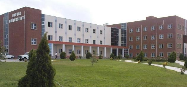 Azerbaycan'daki cemaat üniversitesi kapatıldı