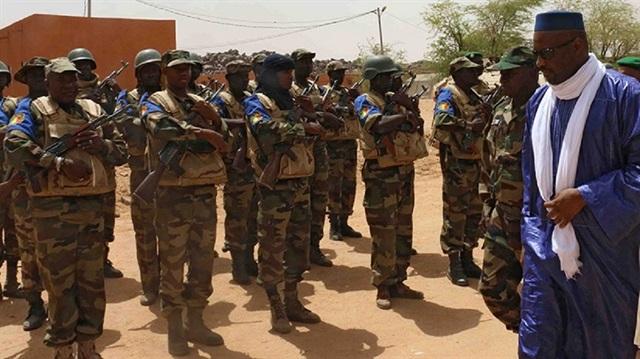 Mali'de askeri üsse saldırı
