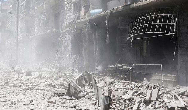 Rusya Halep'te yine sivilleri öldürdü
