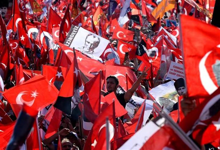 Kılıçdaroğlu'ndan 'darbeye hayır' manifestosu