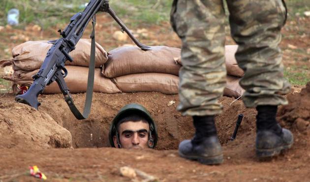 NATO askerlerine 'suskunlar' yorumu