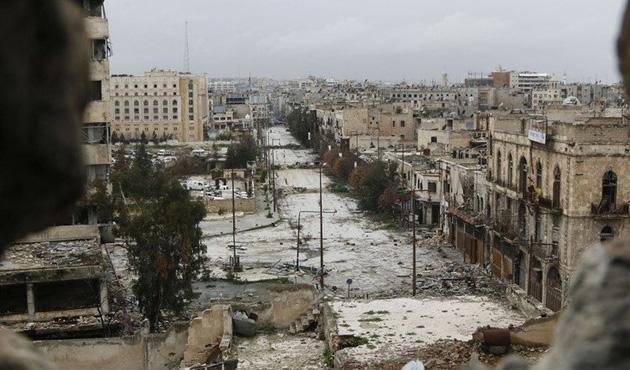 İdlib'te kan bankasına hava saldırısı