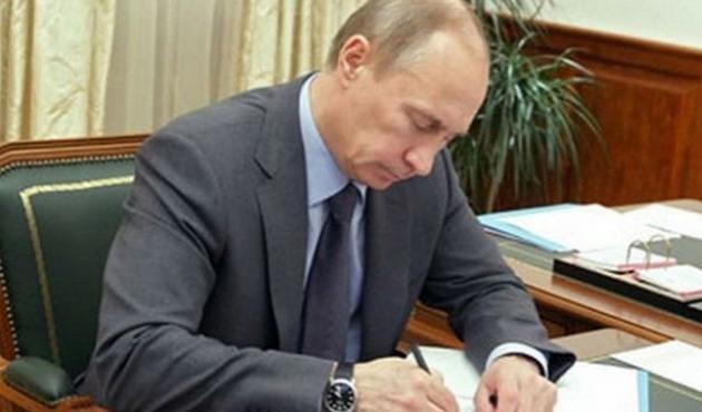 Putin'den 'Kırım Federal Bölgesi' kararı