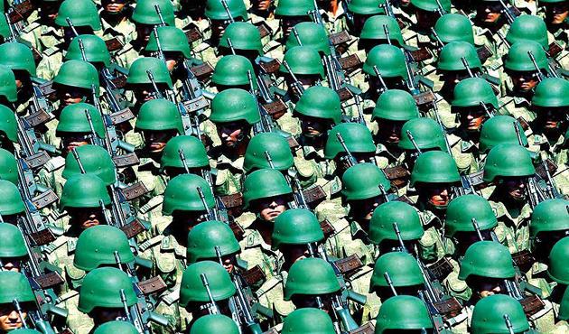 Başbakan açıkladı: Askerlik süresi yeniden düzenlenecek