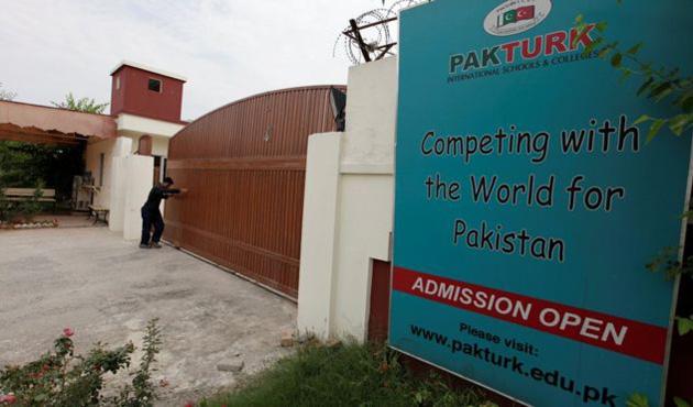 Pakistan'daki 'FETÖ okullarında' görevden almalar başladı