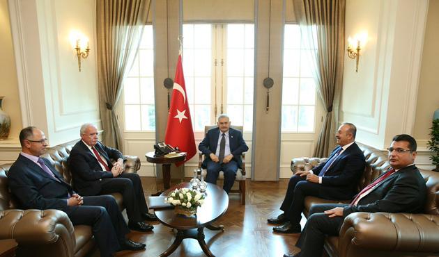 Başbakan, Filistinli Bakan ile görüştü