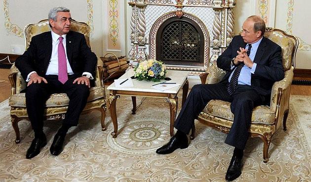 Putin: Karabağ'da kazanan ve kaybeden olmamalı