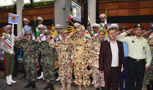 İran askeri yarış ekibi Moskova'dan döndü