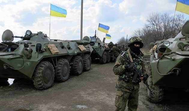 Ukrayna, Kırım sınırında alarma geçti