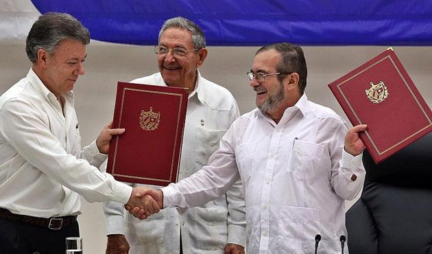 FARC'la yeni anlaşmaya Senato'dan onay