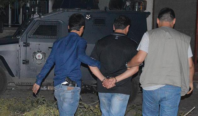 Elazığ'da 10 IŞİD şüphelisine tutuklama