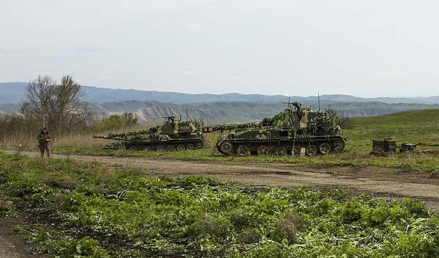 Kosova-Karadağ sınırında askeri hareketlilik
