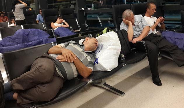 Viyana Havalimanı'ndaki işkence nihayet sona erdi