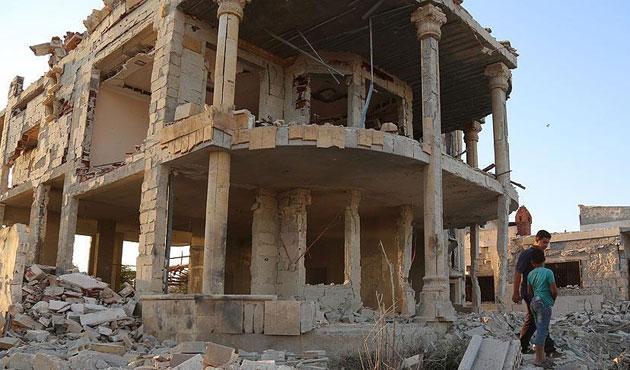 Rus uçağı İdlib'de hastane bombaladı