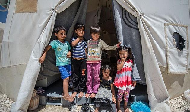 AB'den Türkiye'deki sığınmacılara harcama kartı