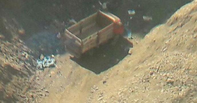 10 ton bomba yüklü kamyon imha edildi