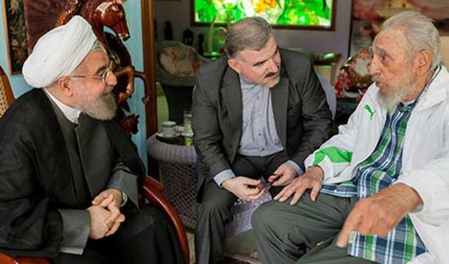 İran Cumhurbaşkanı Castro kardeşlerle birlikte