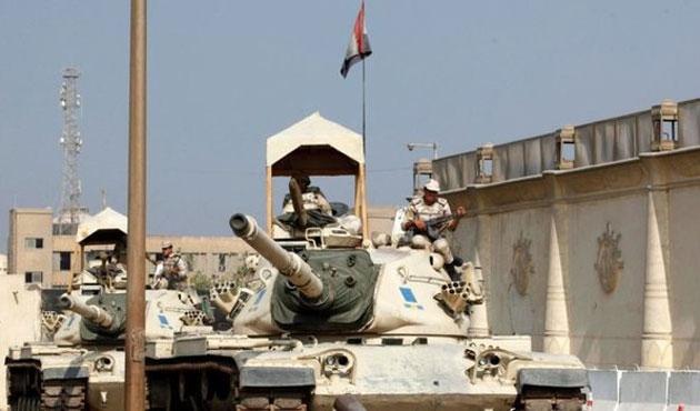 HRW: Mısır'da mahkumlar aç bırakılıyor