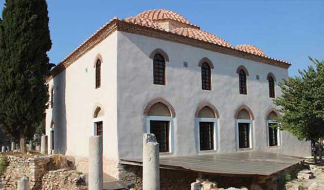 Atina'daki Osmanlı Camii'nde yeniden ezan sesi