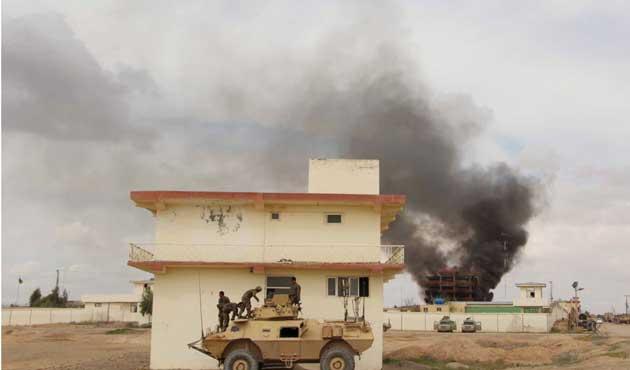 Taliban dört koldan saldırı başlattı
