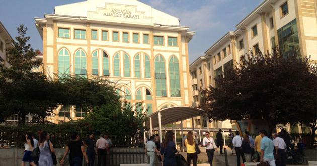 Antalya Adliyesi'nde bomba alarmı