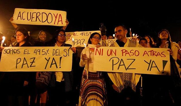 Kolombiya'da halk barış için sokaklarda