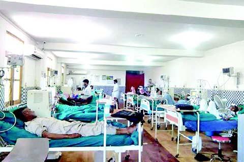 Keşmir hastanelerine 90 günde 12 bin başvuru