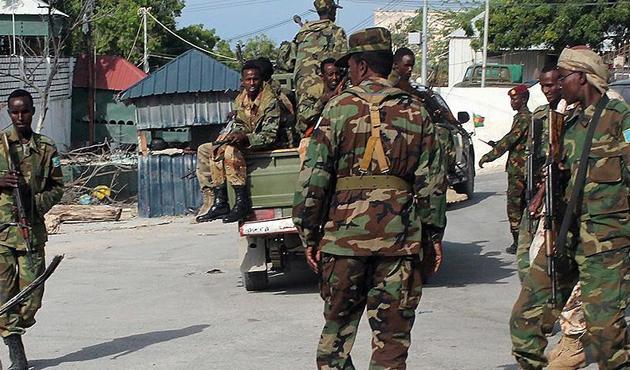 Eş-Şebab Somali'de 5 sivili öldürdü