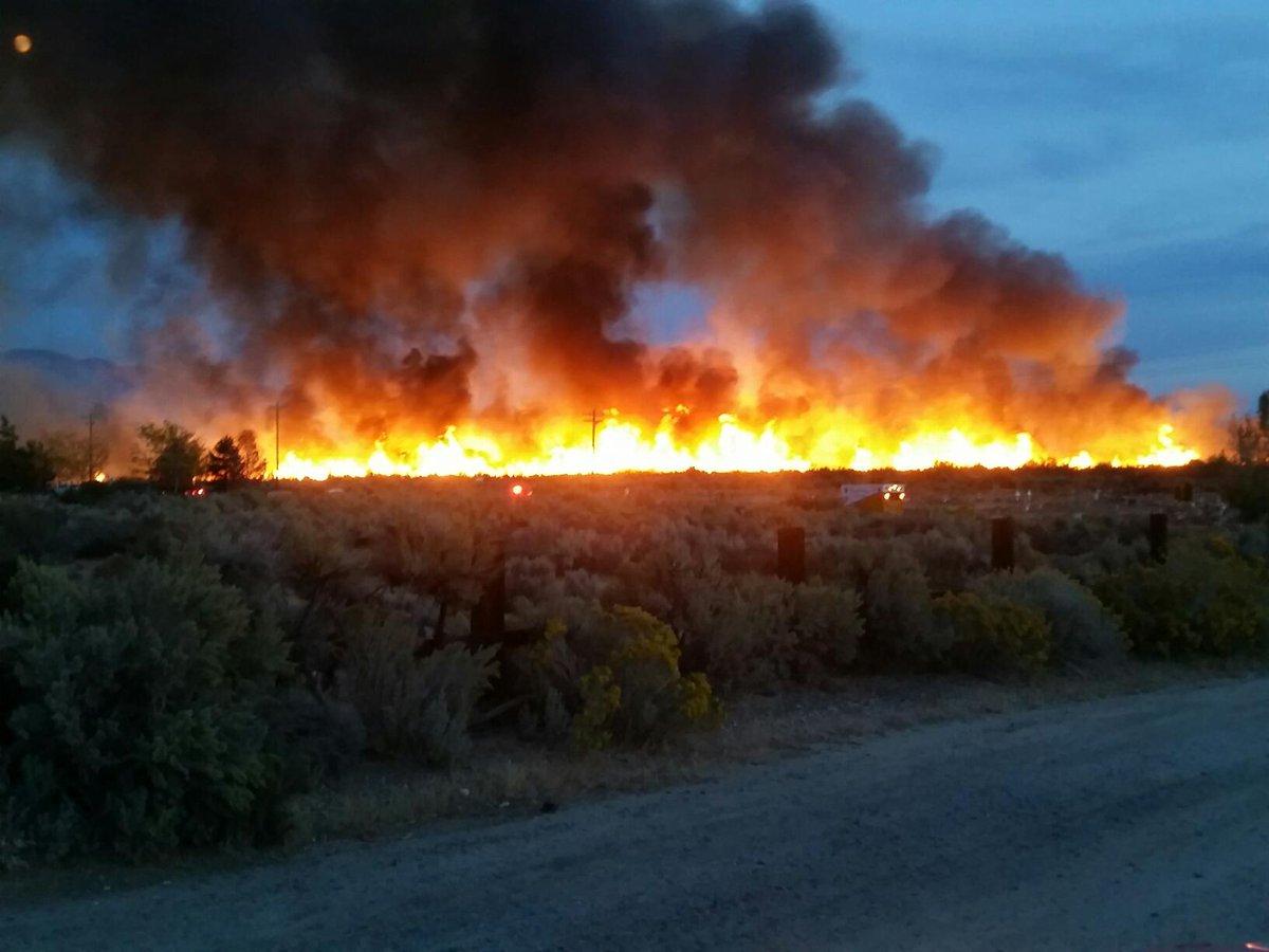 Nevada'da yangın: 22 ev yandı