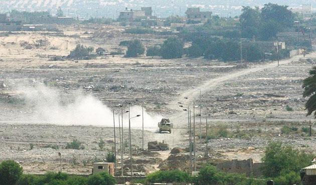 Mısır'ın İsrail sınırında bombalı saldırı