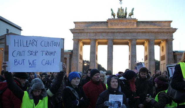 Almanya'da Trump karşıtı gösteri