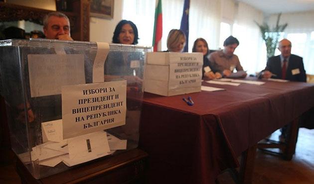Bulgaristan cumhurbaşkanını seçiyor